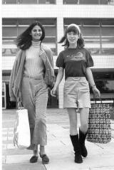 fashion_1967_amanda_hopkinson_right.jpg