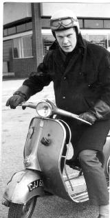 fashion_1967_barry_james.jpg