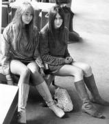 fashion_1967_miniskirts_stephanie_hughes_biddie_toole.jpg