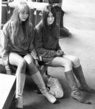 fashion_1967_miniskirts_stephanie_hughes_biddie_toole.jpg