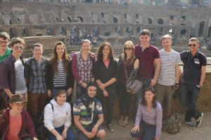 students_at_colosseum_city_of_rome_module.jpg