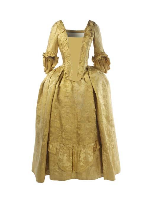 Chinese silk dress 1751 1770 copyright museum of london