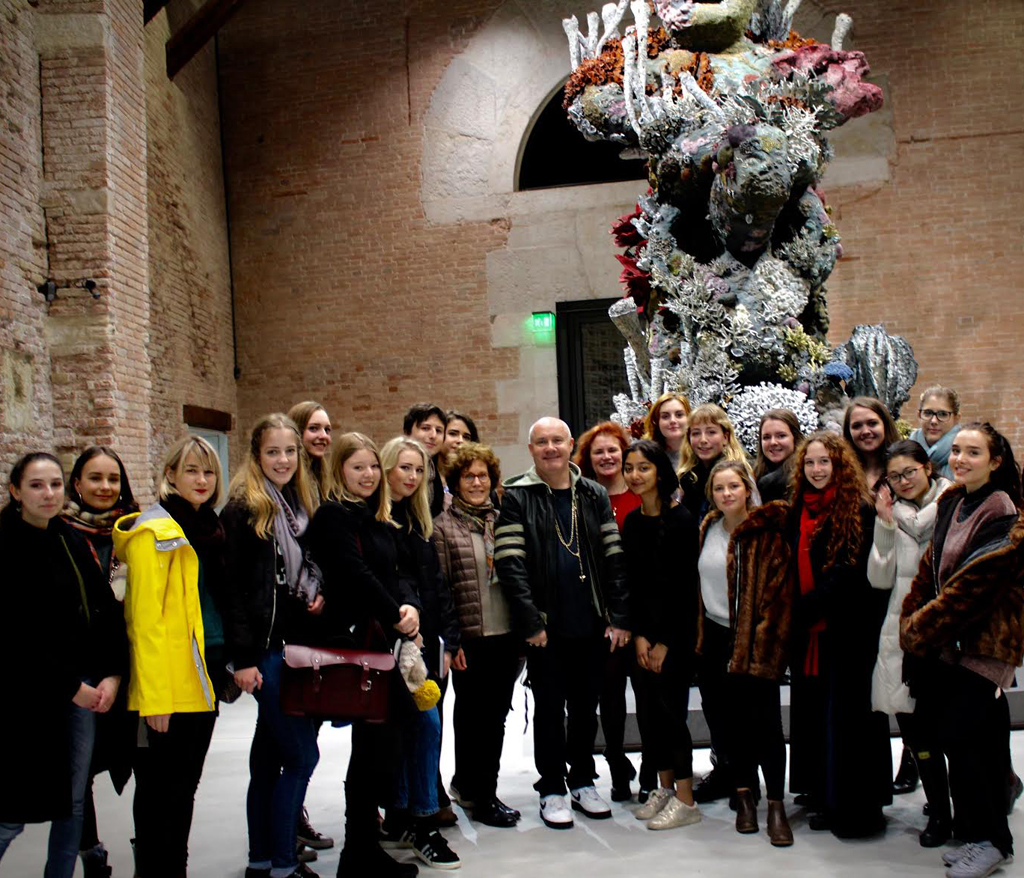 Damien Hirst with Dr Karen lang and students at the Venice Biennale.