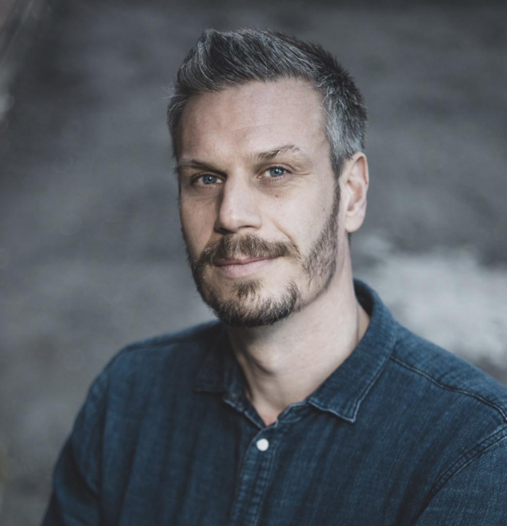 Dr Henrik Moller