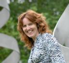 Dr Sarah Richardson
