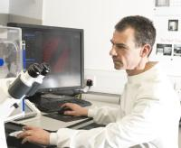 Ian at microscope