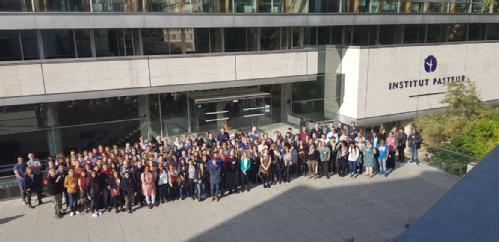Group photo of delegates attending the Great Wall Symposium