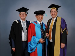 Dr Roy Cheung Honorary Doctor of Science