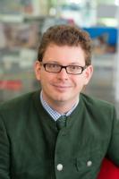 Dr Michael Auinger