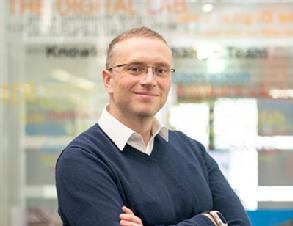 Headshot of Dr Ben Silverstone.