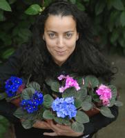 Dr Nadia Kadi