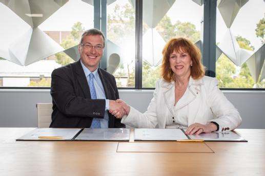 Professor Stuart Croft, President and Vice Chancellor of the University of Warwick, and Professor Margaret Gardner AC, President and Vice-Chancellor of Monash University