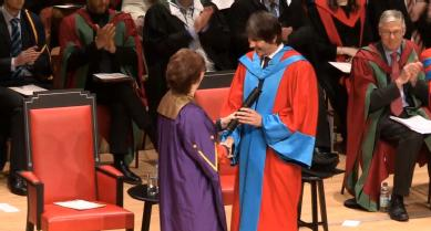 Professor Brian Cox receives his honorary degree from the University of Warwick.
