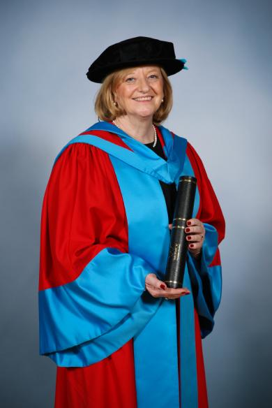 Dame Fiona Kendrick receives her honorary degree.