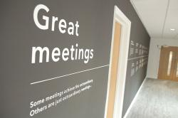 'Great meetings' wall decor