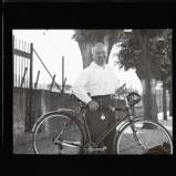 Bingen, old chappie with his bike