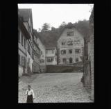 Courtyard and child, Hirschhorn