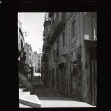 Narrow streets and interesting houses of Tarragona