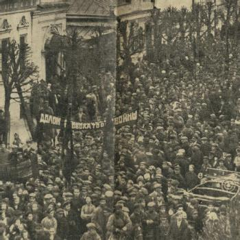 Russian workers protest outside British Mission in Moscow, 1927