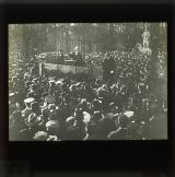 Karl Liebknecht speaking in the Tiergarten, Siegessäule